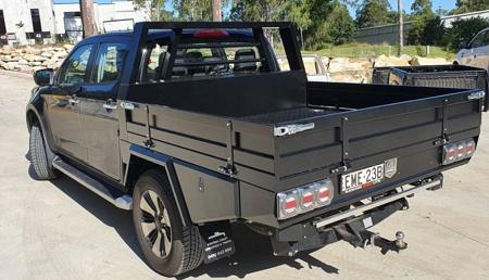 Holden Colorado Tray