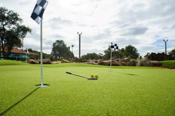 Mini Golf in Perth