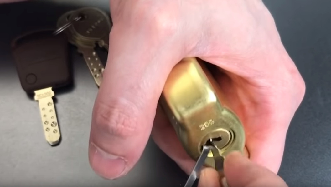 The best NJ locksmith companies offer 24/7 locksmith and lockout services
