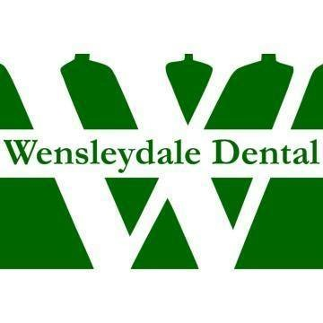 "Huntingdon, UK: Dentist from Wensleydale Dental Practice Wins ""National Dentist of the Year"" Award"