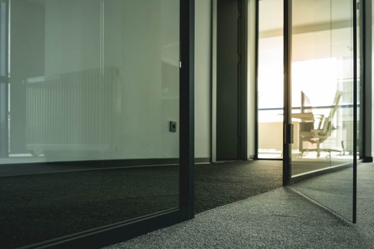 Businesses Find it Helpful to Install Glass Doors