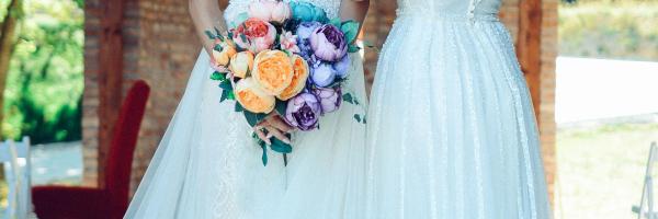 RealtimeCampaign.com Promotes Some Fashionable Bridal Party Dresses