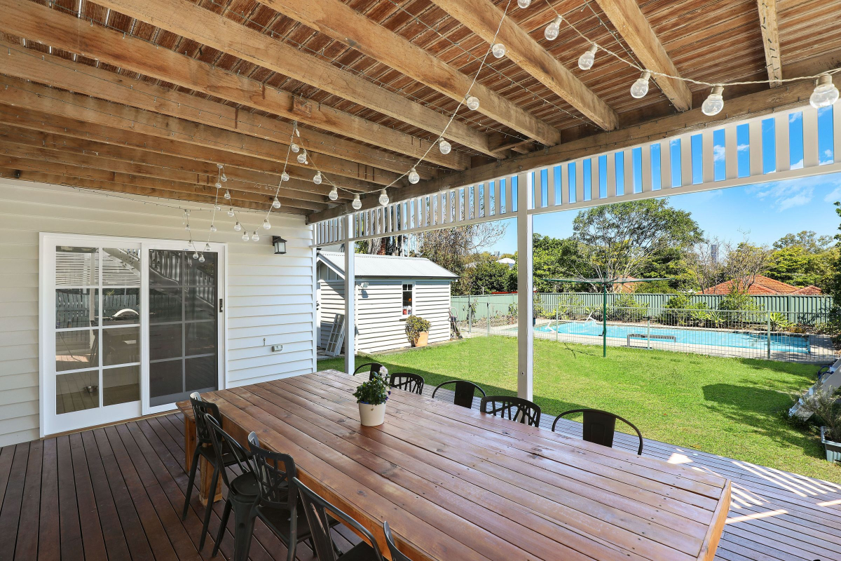 A Home\'s Patio Impacts a Guest\'s First Impressions