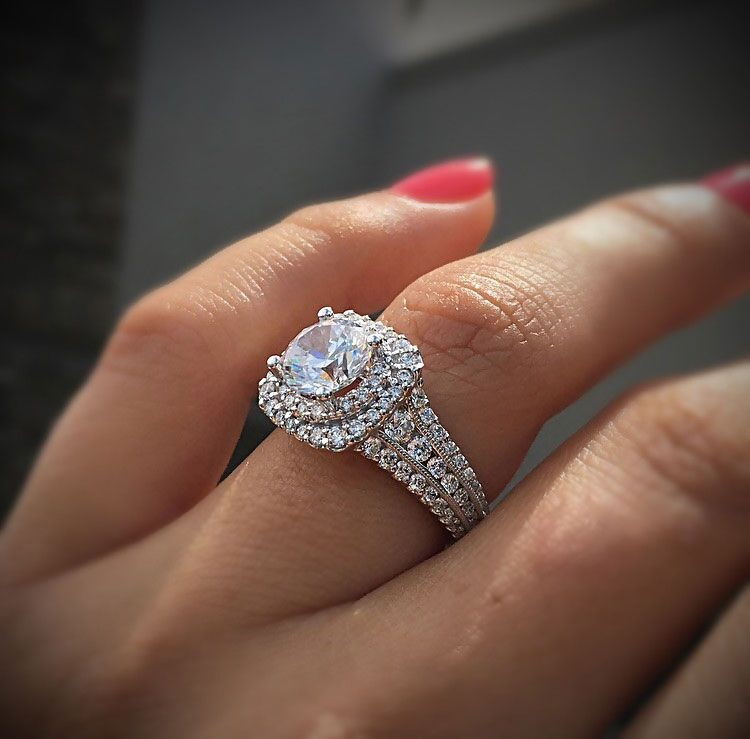 Unique Diamond Wedding Rings - How to Find Them