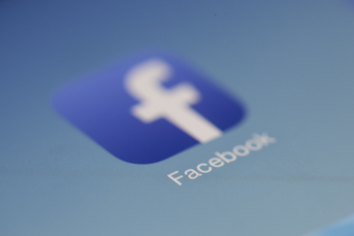Facebook Ad Trends Heading Into 2020 - Facebook advertising allows businesses to market to consumers in other counties as well as those who speak different languages