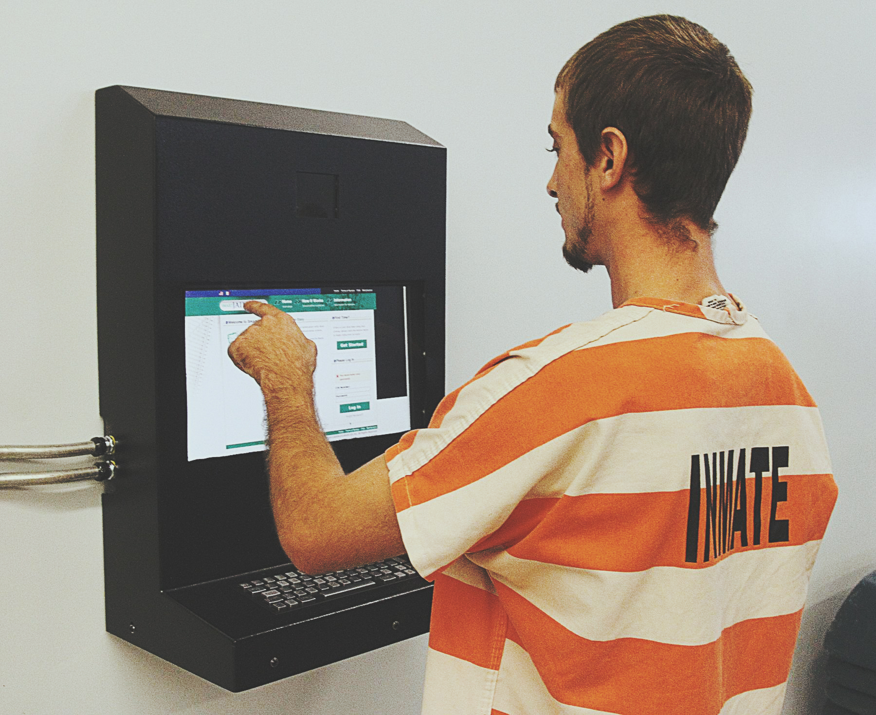 RealtimeCampaign.com Promotes the Benefits of an Inmate Kiosk for Jail Staff