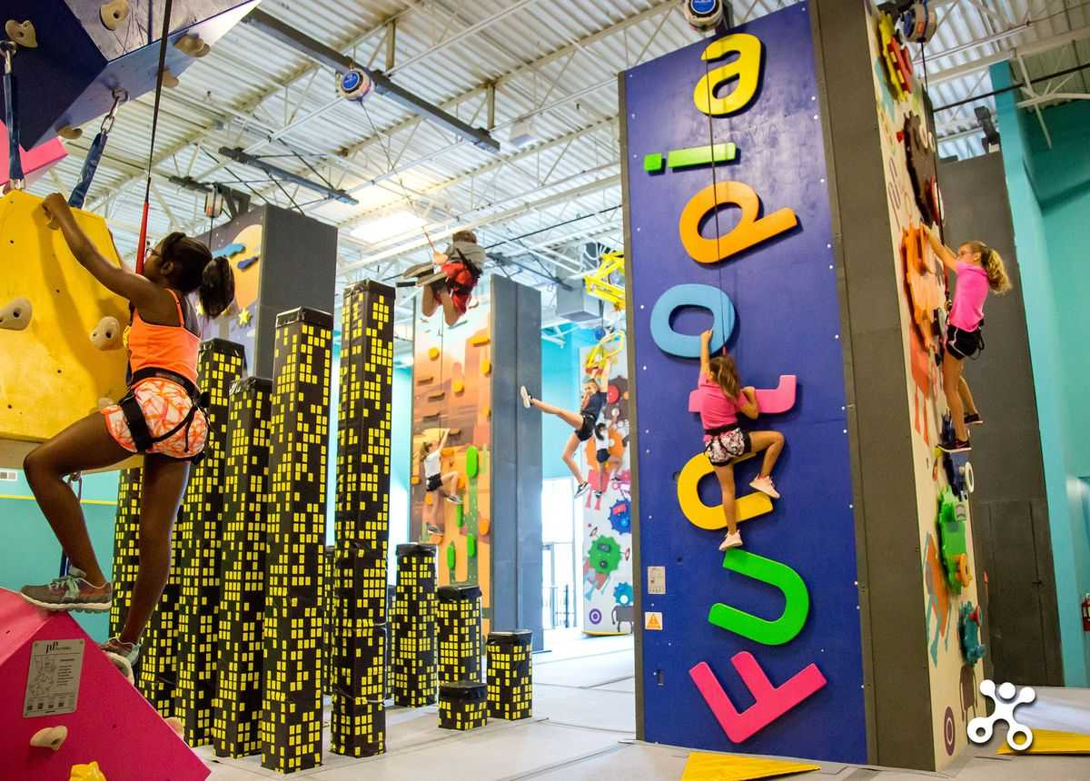 Families in Glenview, IL Enjoy Spending Time at Funtopia