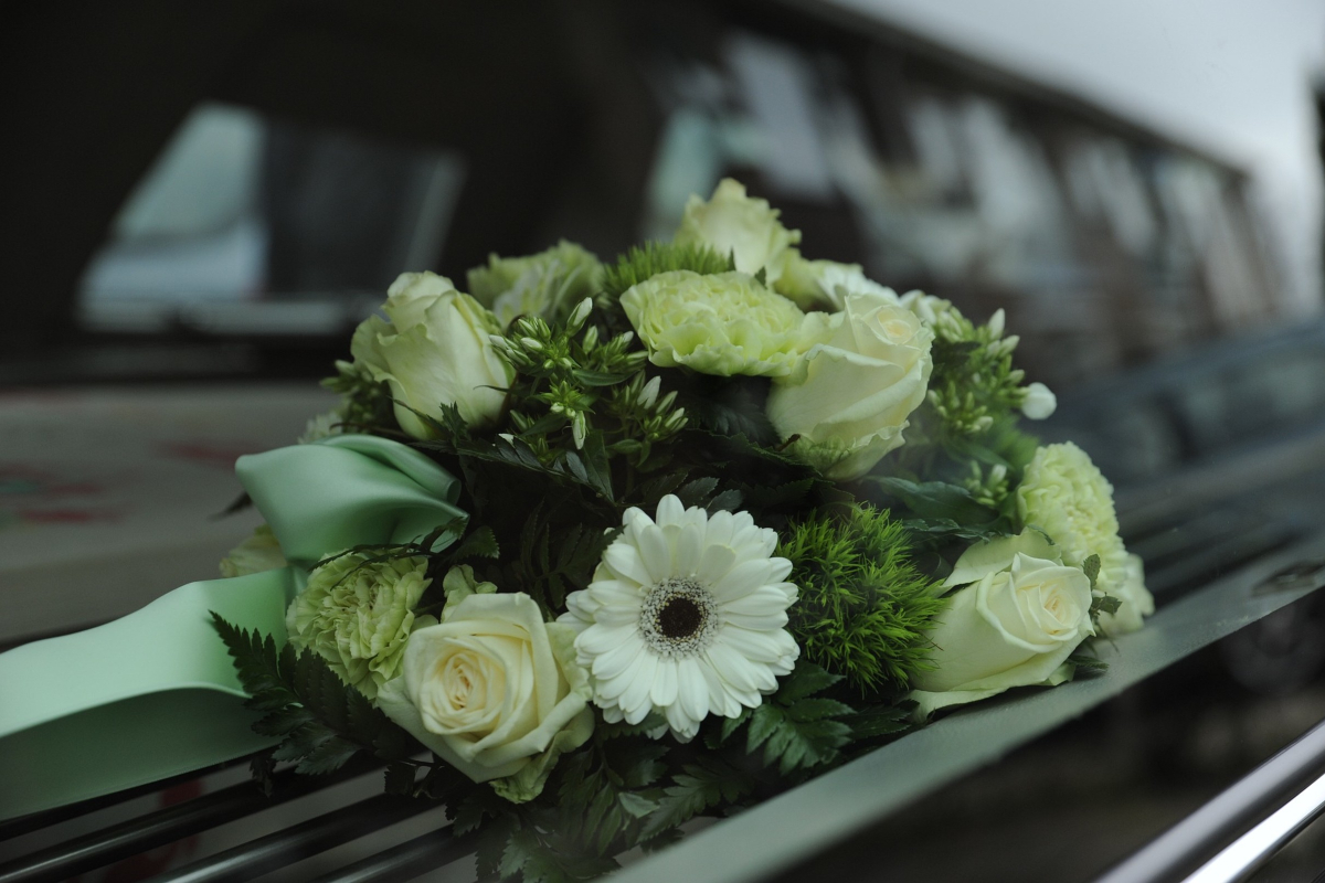 Individuals Decide if They Want a Burial or Cremation Service