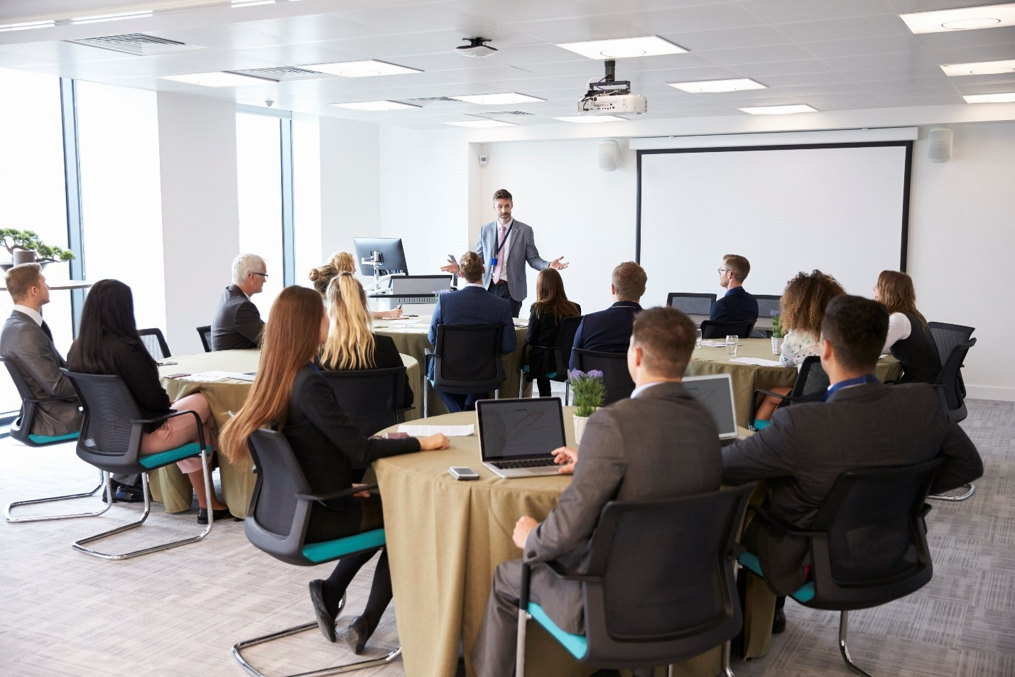 Corporate Sales Training Plays Very Important Role In The Goodwill Of Business