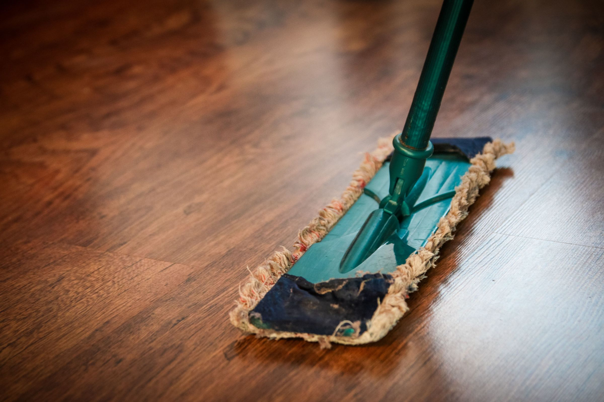 AK Building Services Specializes in Office Cleaning and Sanitation