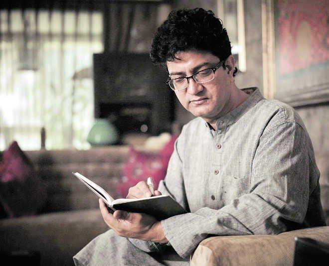Haan Ghar Mein Rahega Desh - The poem by Prasoon Joshi is a sentiment that must be echoed by all Indians