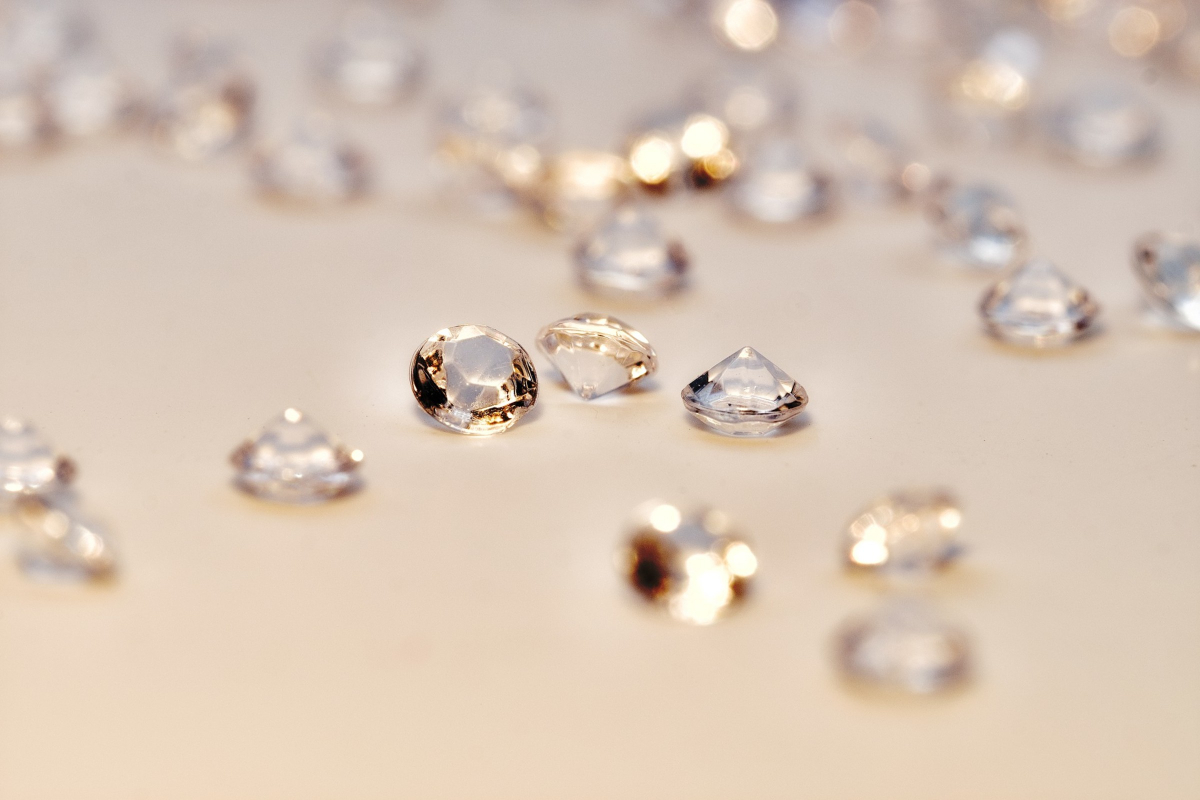 RealtimeCampaign.com Asks, Is Moissanite a Viable Alternative to Diamond for Engagement Rings?