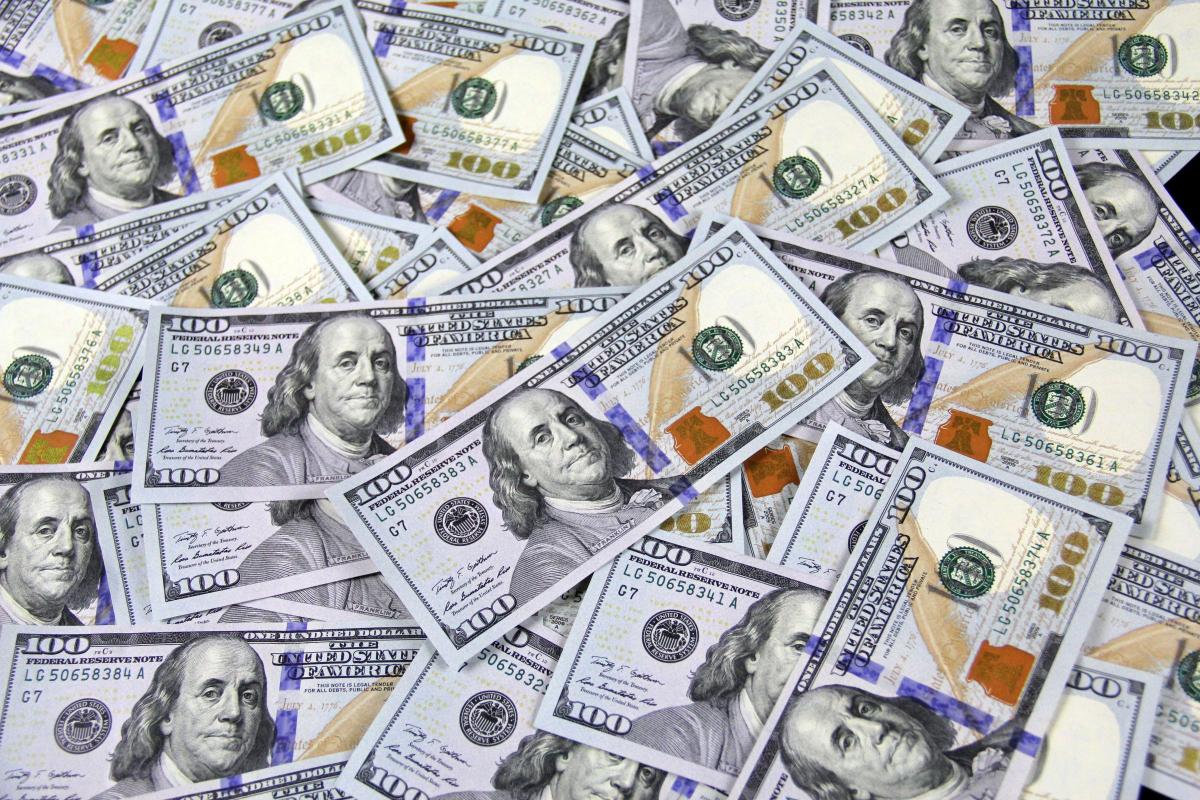 RealtimeCampaign.com Explains the Benefits of An Online Money Transfer
