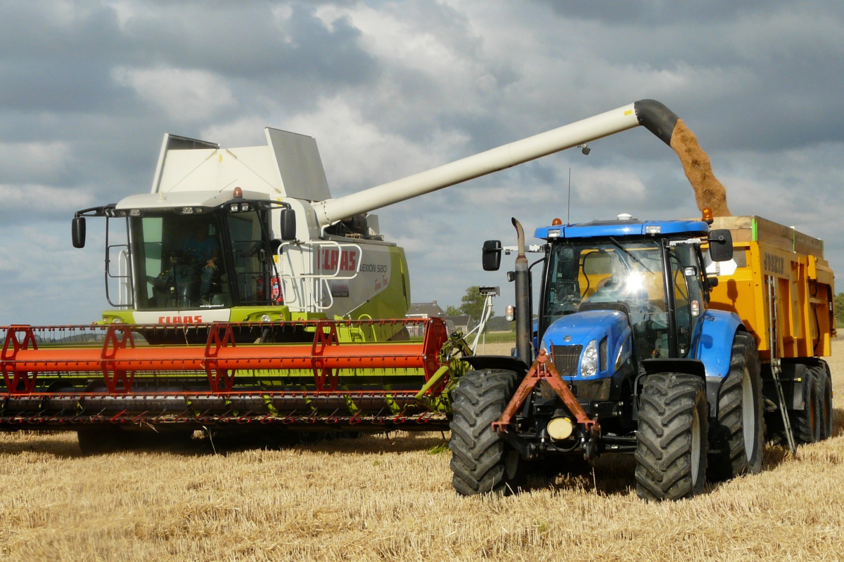 Agriculture Harvester Products Are Available During the Harvest Season
