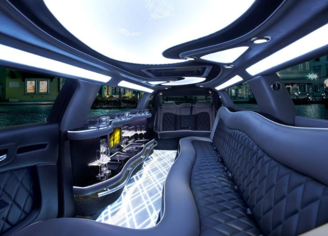 Limo Services Are Available in Beverly Hills, Michigan