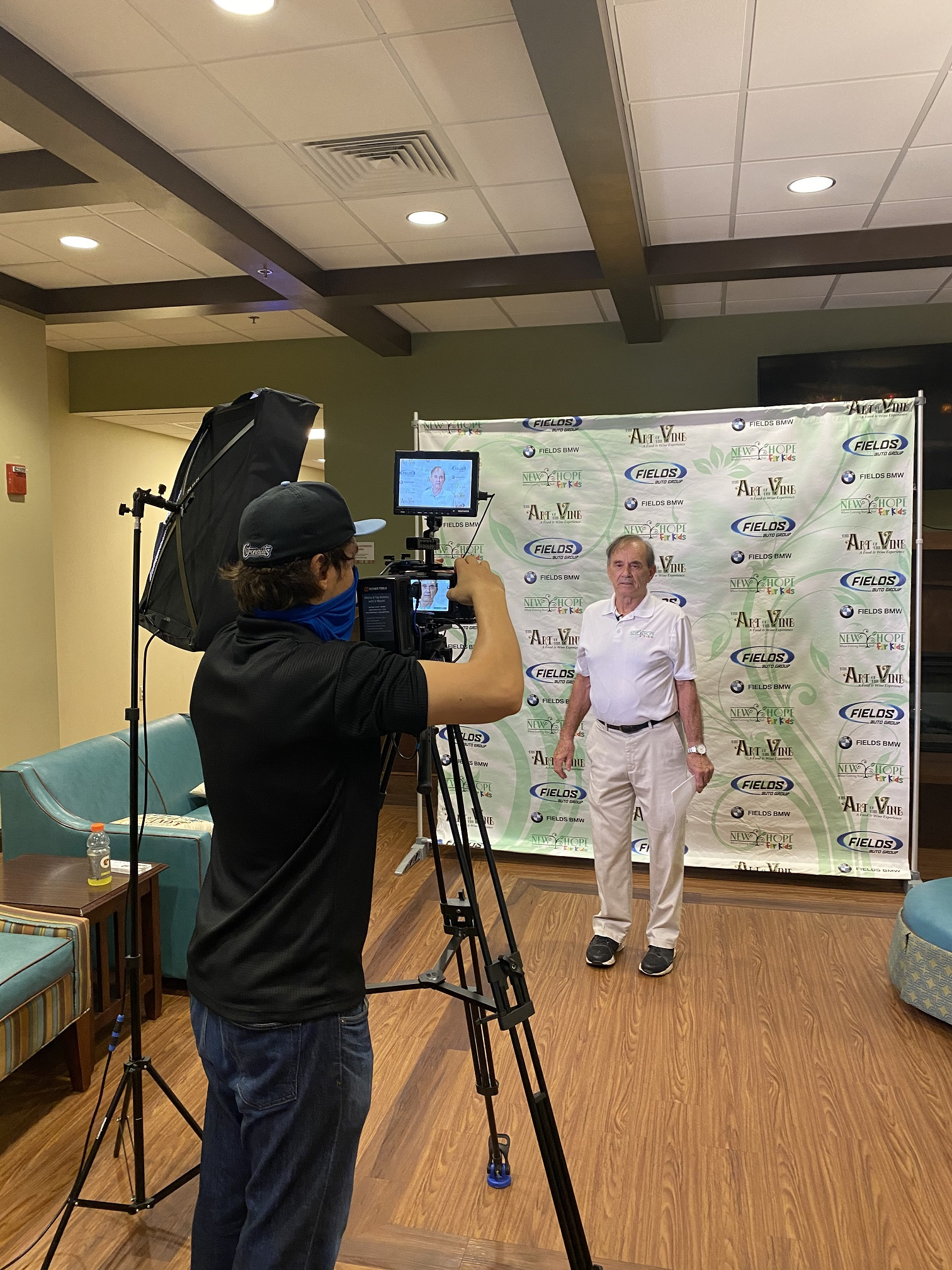 FF Marketing Services helps New Hope For Kids with Video Production for the Art of the Vine Fundraiser