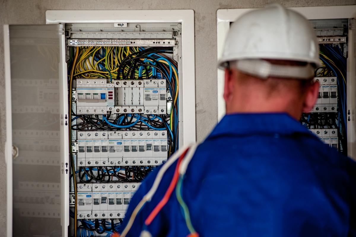 Arc-Fault Breaker Installation Available in Glendora, CA