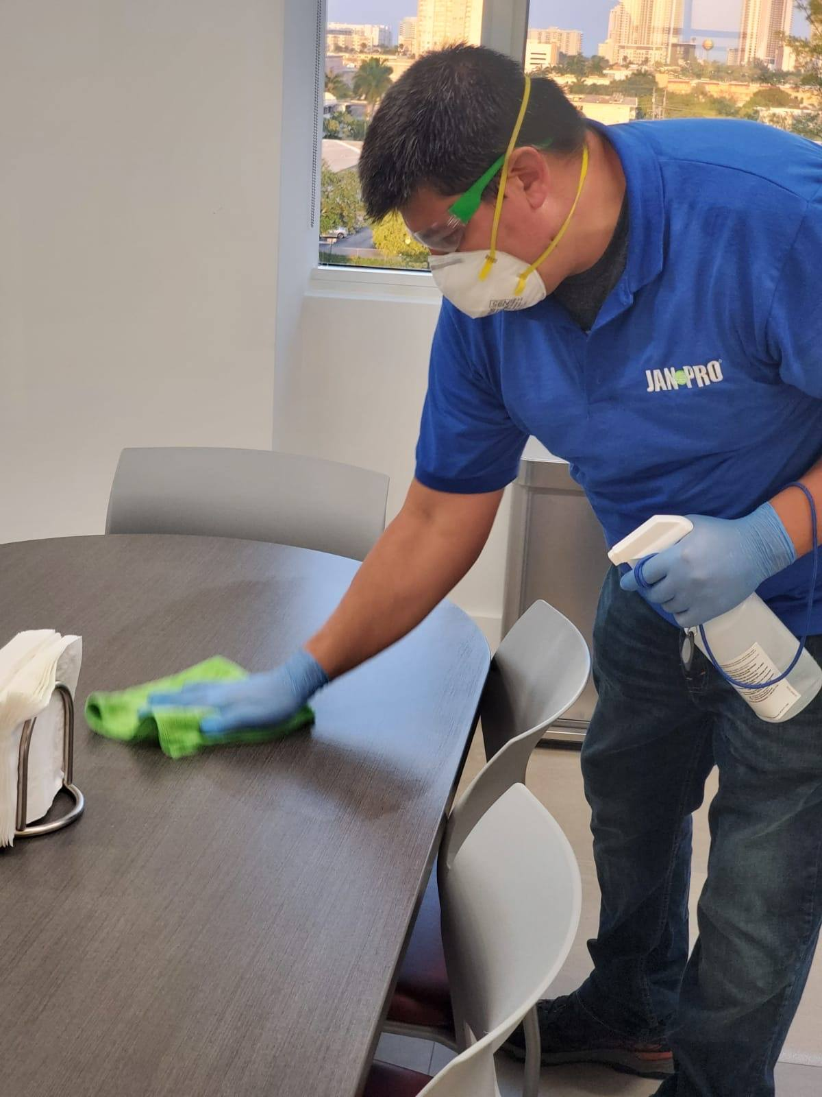 JAN-PRO Offers Commercial Cleaning Services in The Greater Florida Area to Combat the Spread of Covid-19