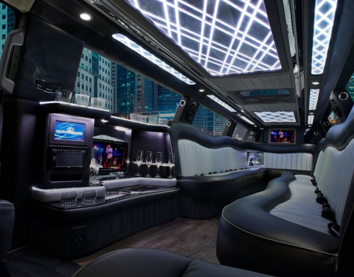 Limo Services Are Available in Bloomfield Hills, Michigan