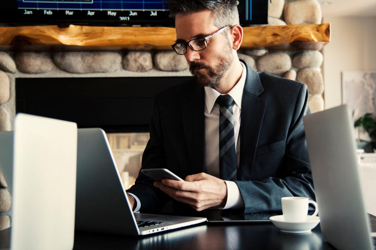 Realtimecampaign.com Discusses the Benefits of Hiring a Personal Financial Advisor