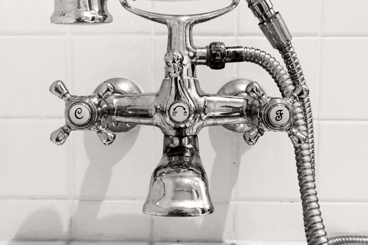 Realtimecampaign.com Discusses How to Hire a Professional for Plumbing Fargo