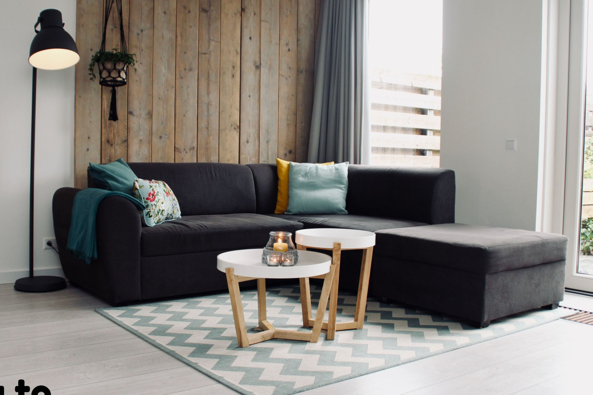 Realtimecampaign.com discusses How to Choose the Perfect Coffee Table for One's Home