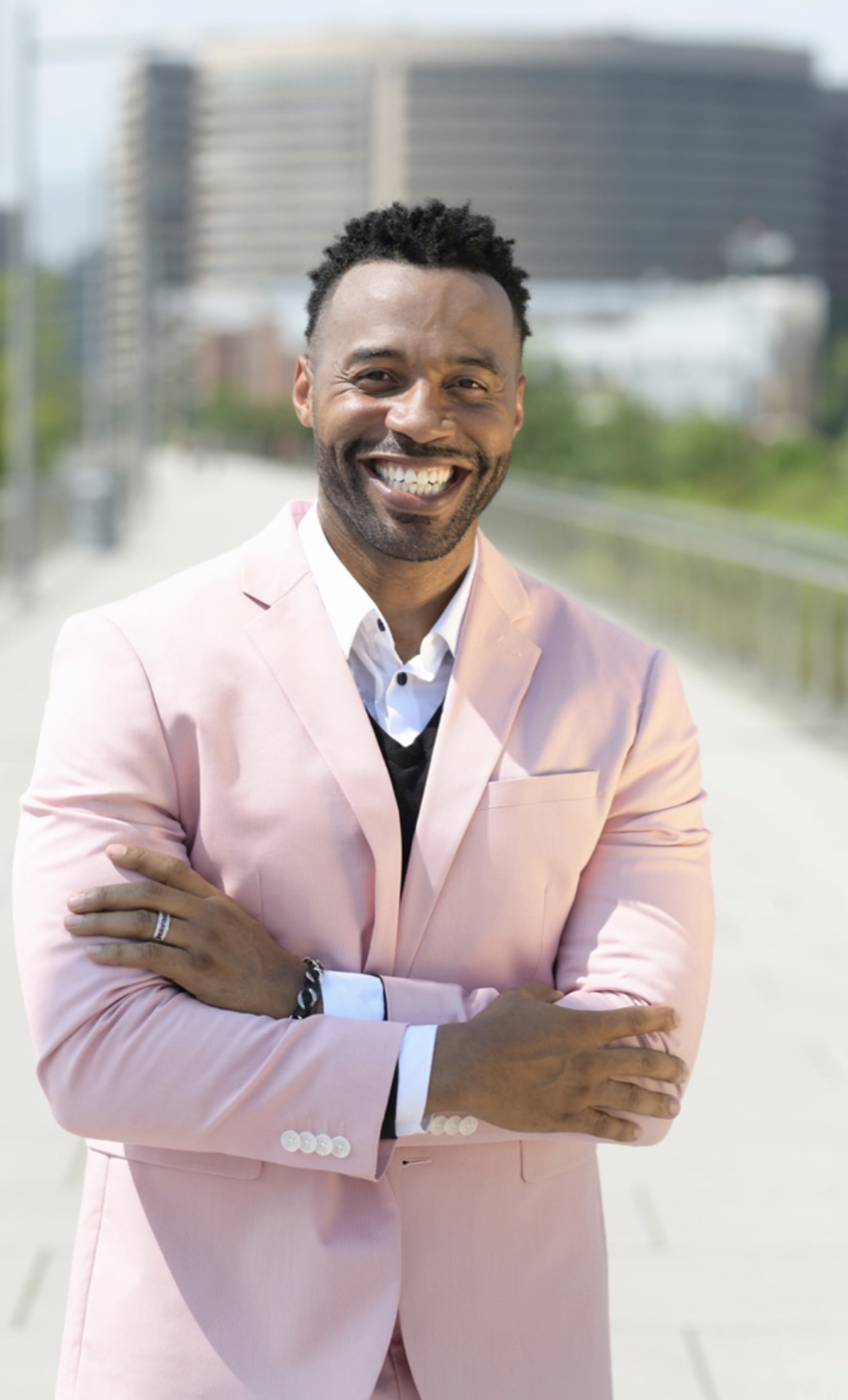 Dr. Robert L. Evans III: Empowering People to Elevate Their Mindsets