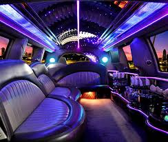 Clients Enjoy the Amenities Provided With a Full-Service Limo
