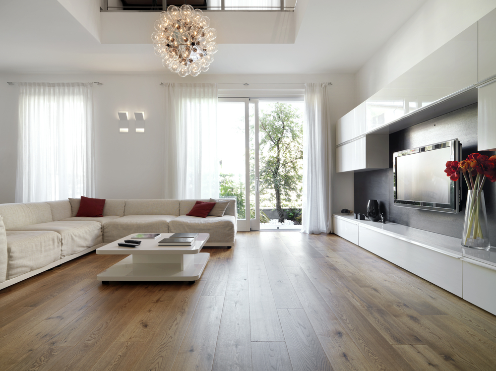Flooring Liquidators Explains Differences Between Solid and Engineered Hardwood Flooring