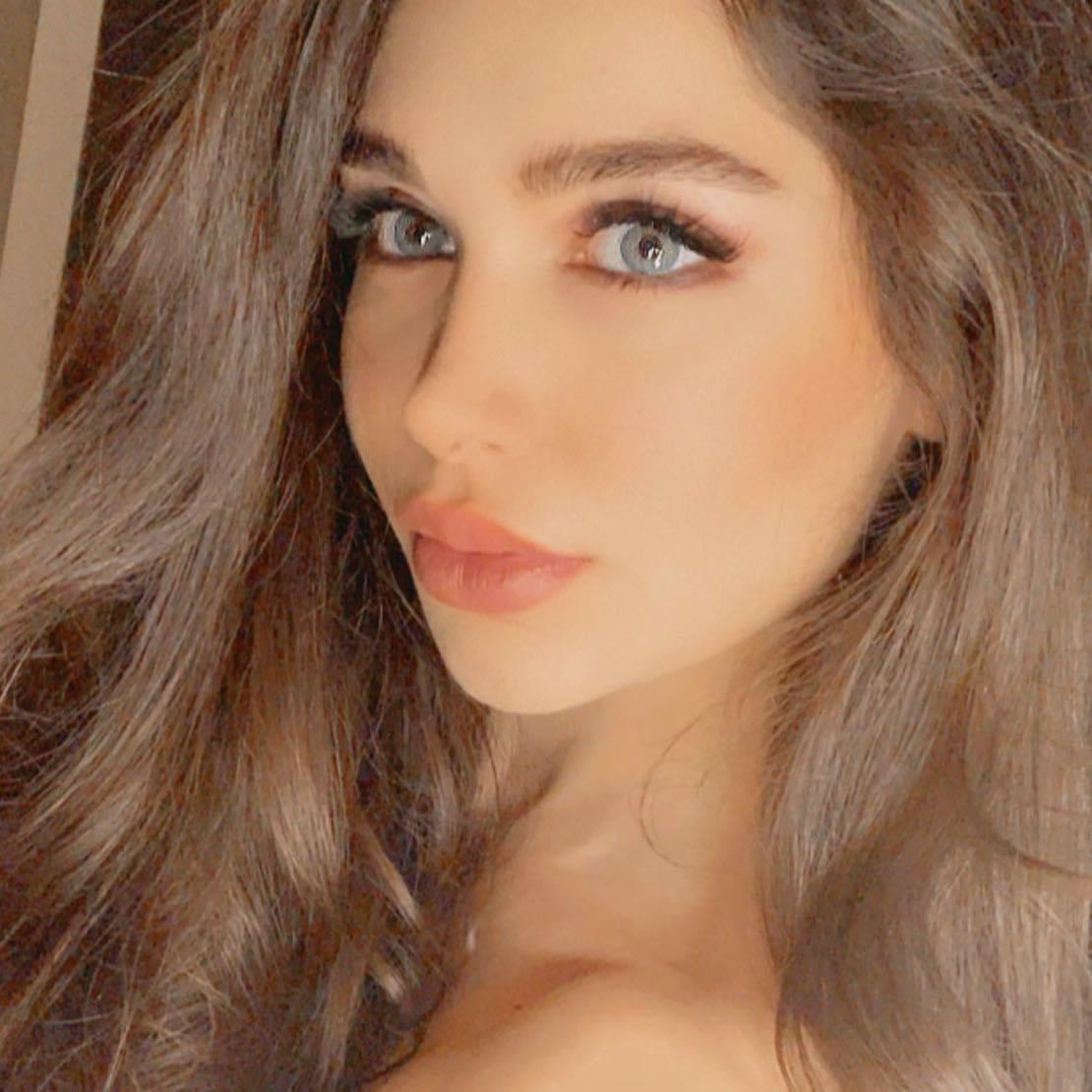 Maria Rahmani Shows Creative Passion in Acting and Fashion Industry