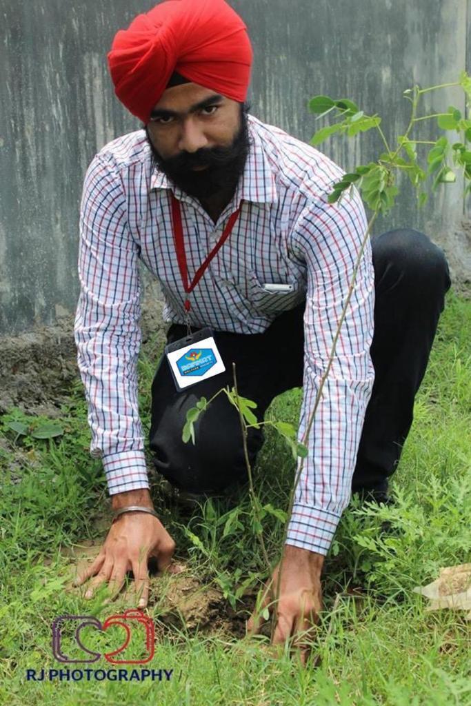 Greenman Randeep Singh Kohli blesses the planet with countrywide massive tree plantation via Barkat Welfare Society