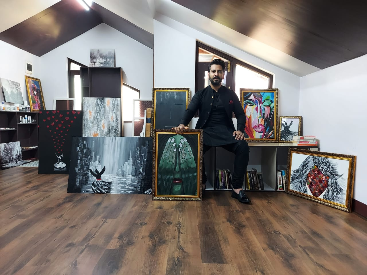 Artist Sells his Paintings Worth Millions to Raise Funds For Covid-19 Affected