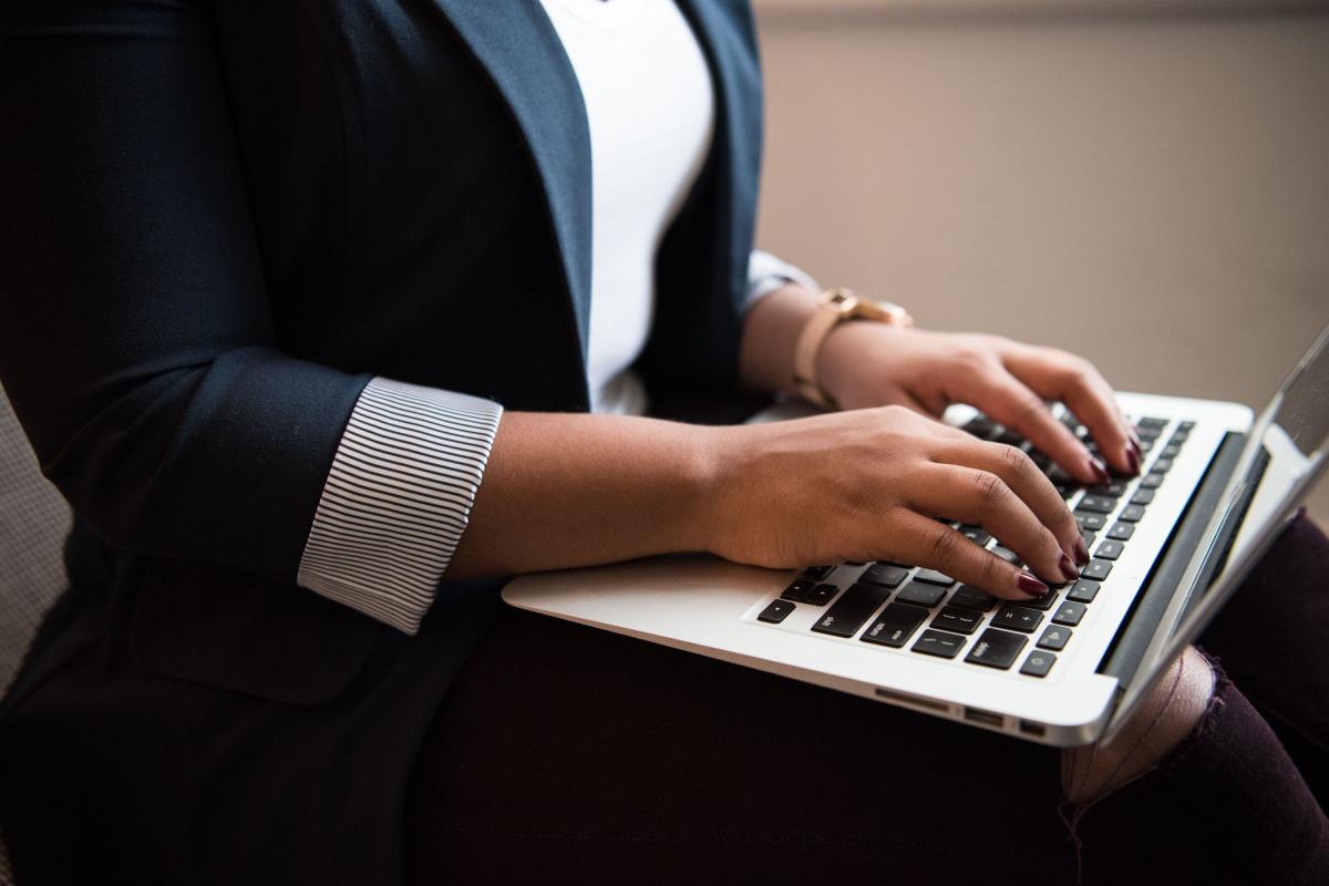 Realtimecampaign.com Explains the Benefits of PLM Software