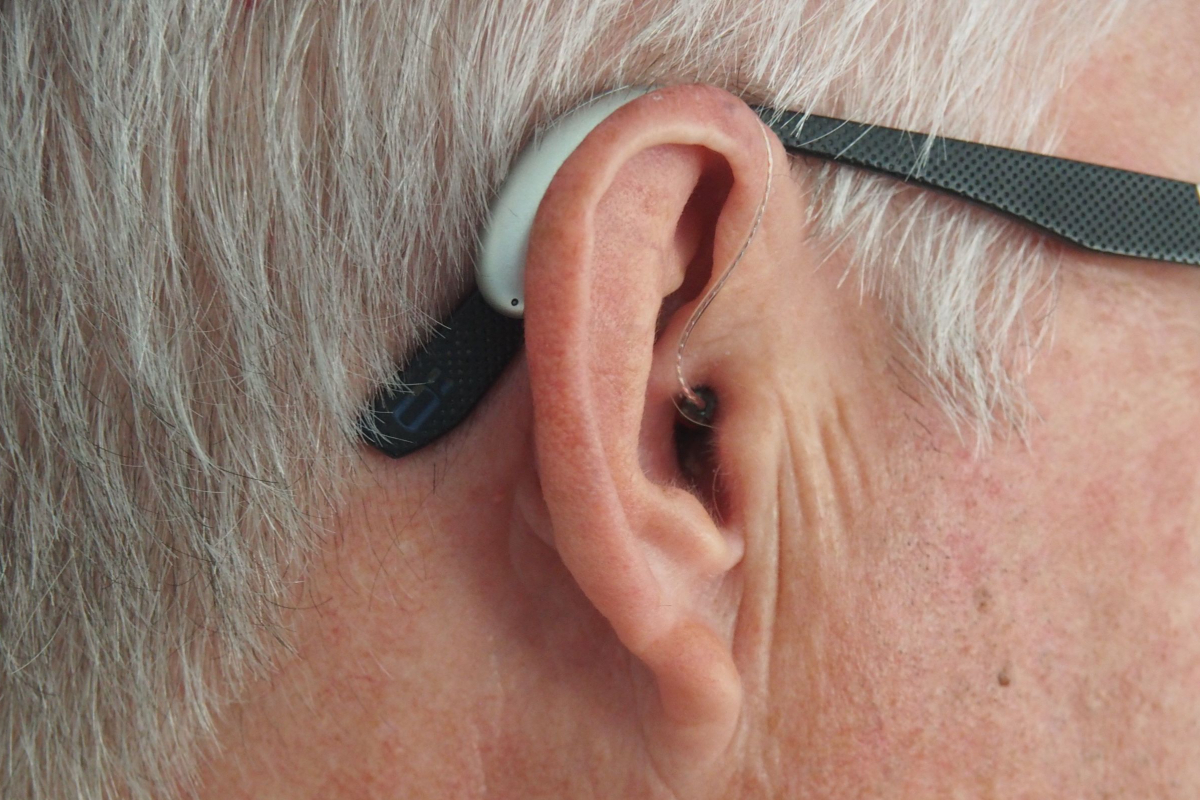 Realtimecampaign.com Explains Some of the Benefits of Oticon Hearing Aids