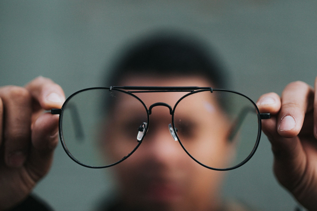 Realtimecampaign.com Explains Treatment Options at a LASIK Vision Center