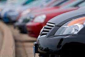 There Are Reasons To Buy a Car From a Dealership
