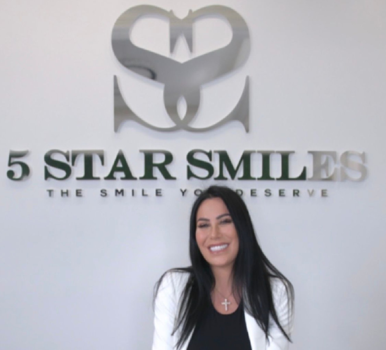 5 Star Smiles: Building Confidence in the Sunshine State With Exceptional Smile Makeovers