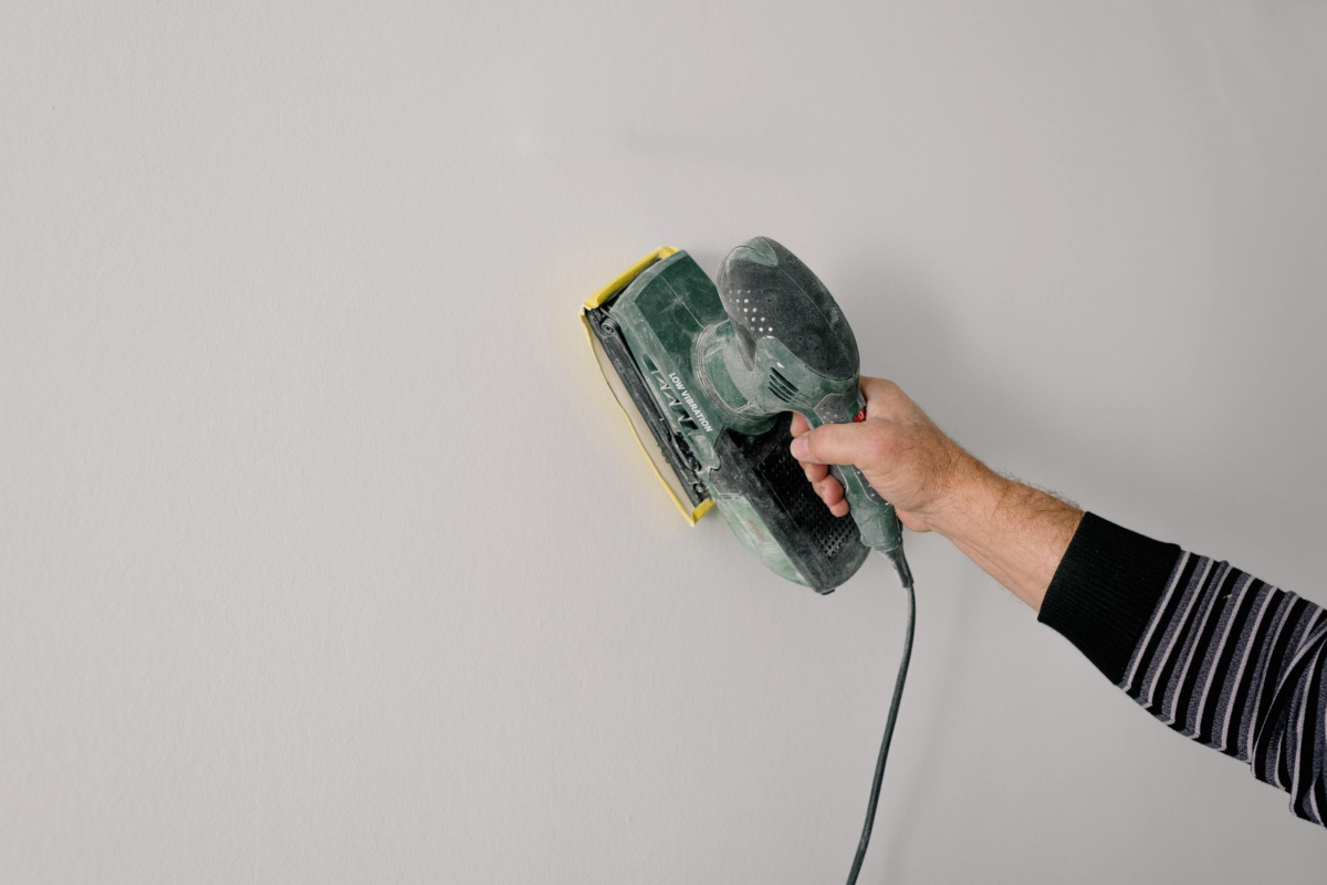 Realtimecampaign.com Promotes Looking at the World of Opportunities an Orbital Sander Can Bring to the Table
