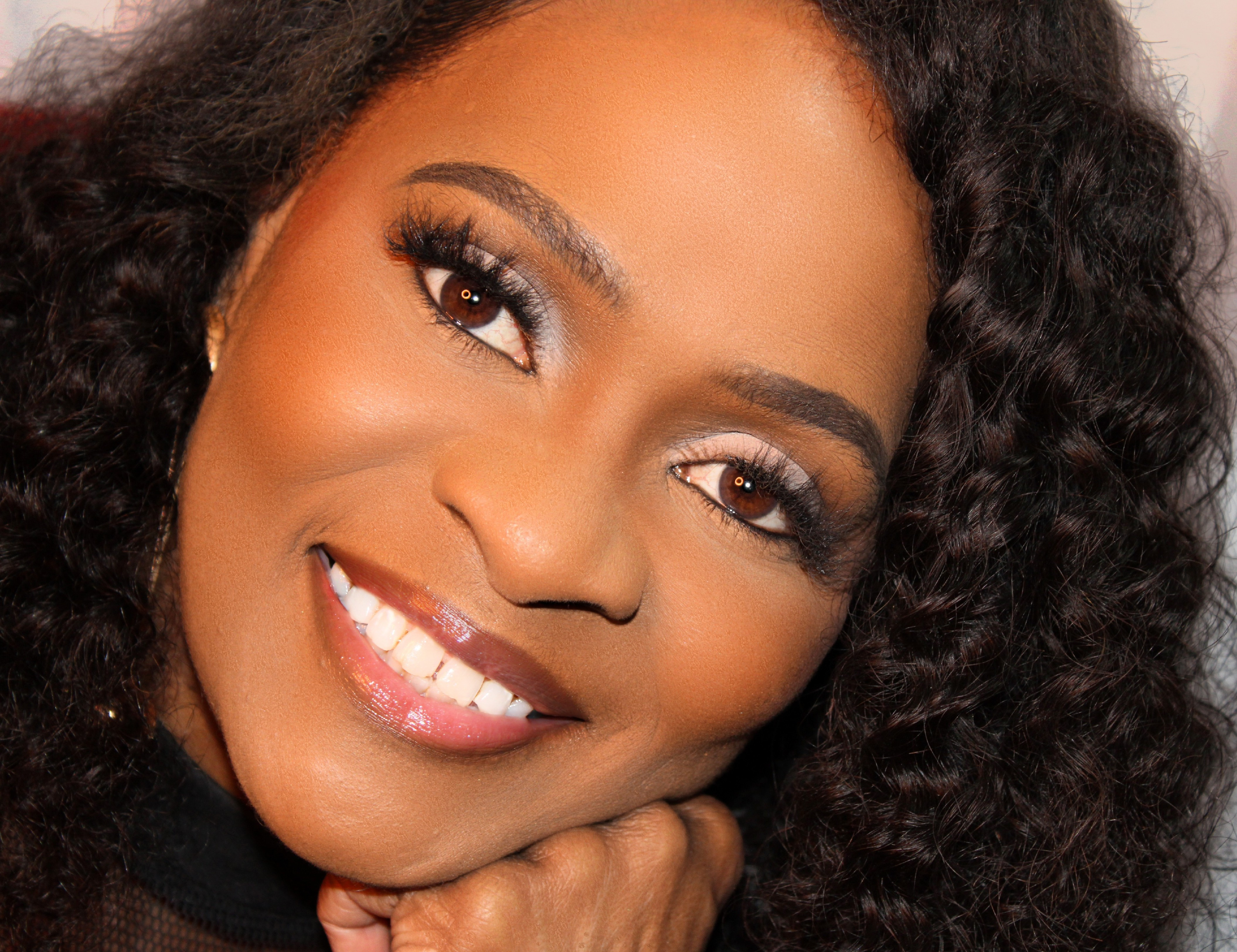 """Inspirational Singer Sharon Pulliam is Sure to Touch Hearts with Her Latest Single, """"It's Your Season"""""""