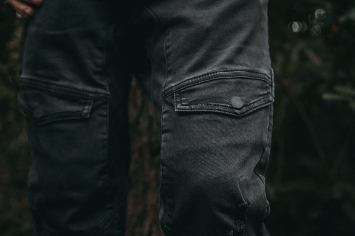 What One Should Know about Cargo Pants according to Realtimecampaign.com