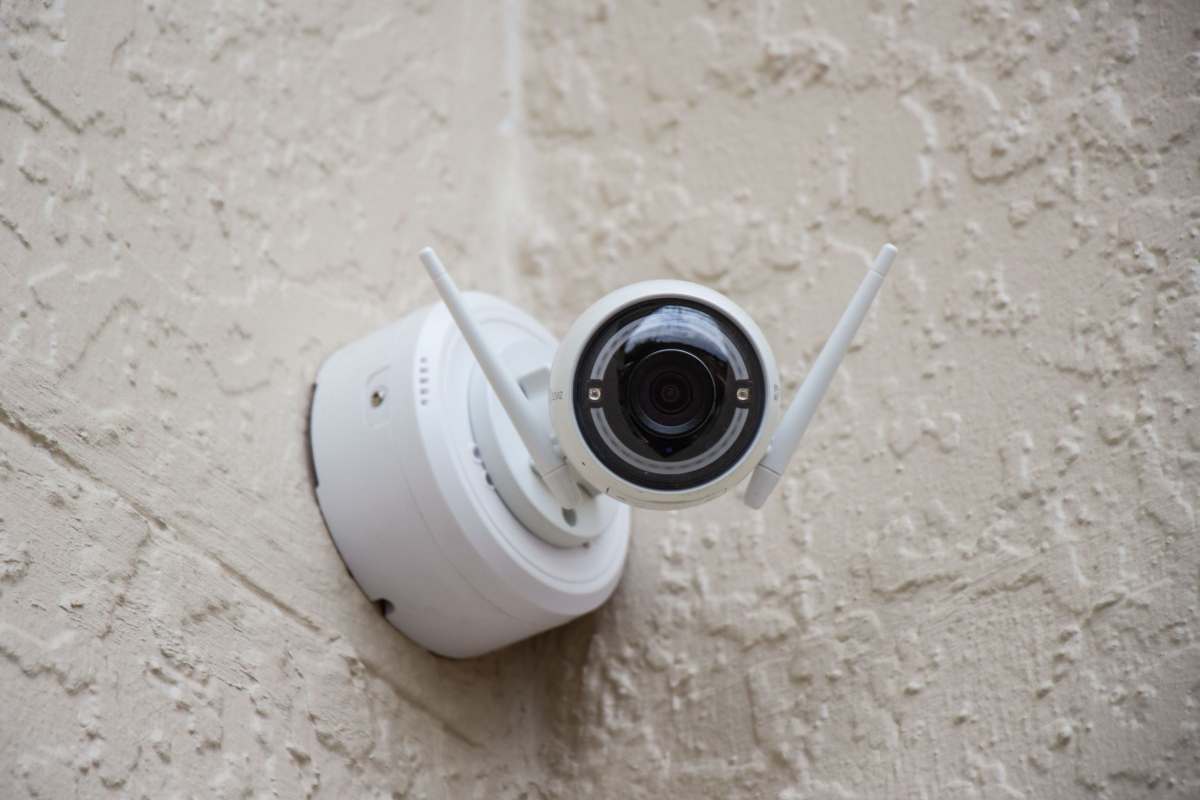 Realtimecampaign.com discusses Why Home Security Cameras Are Needed