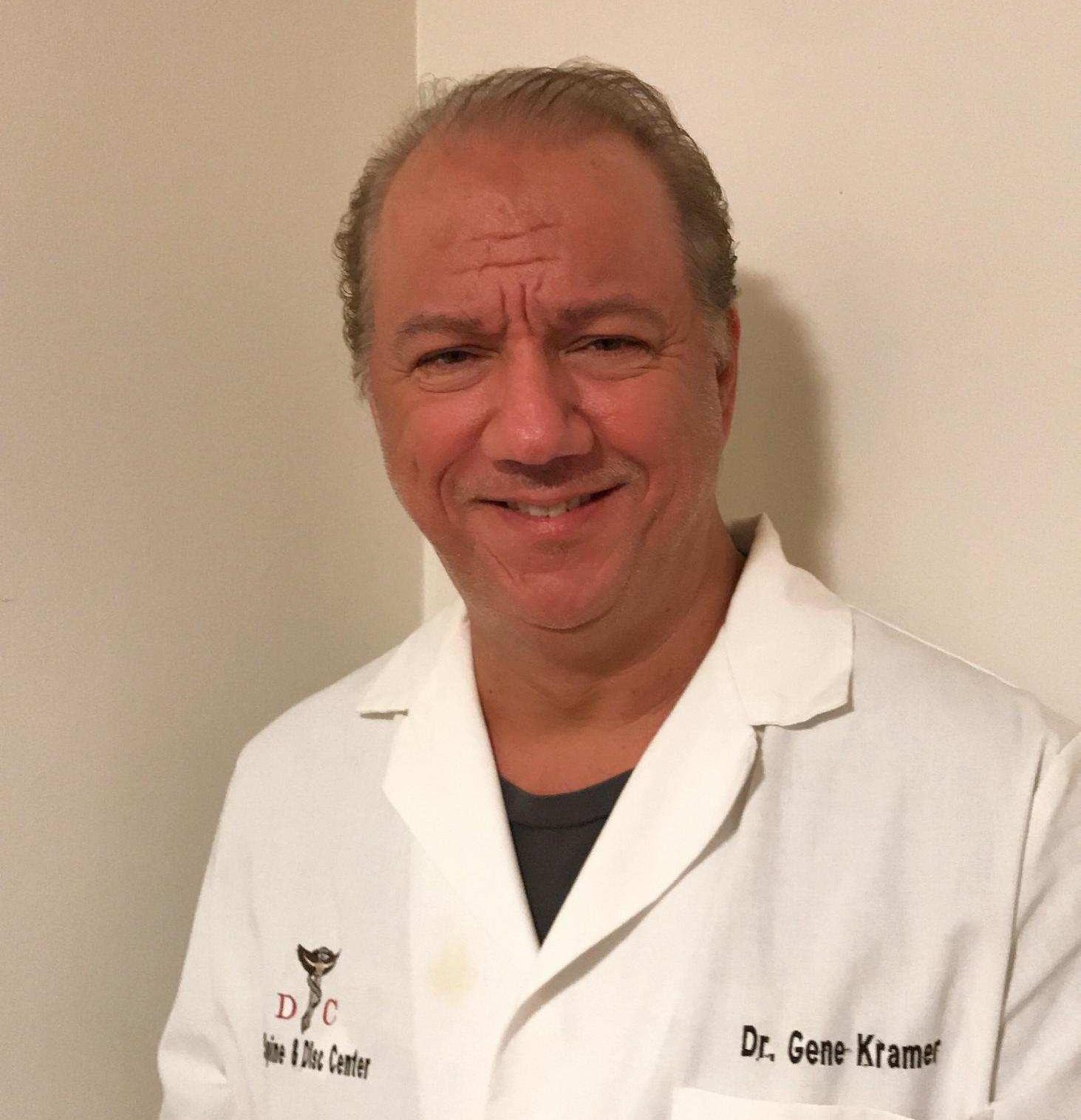 Dr Eugene Kramer Announces Scholarship Funding To Medical Student in the US