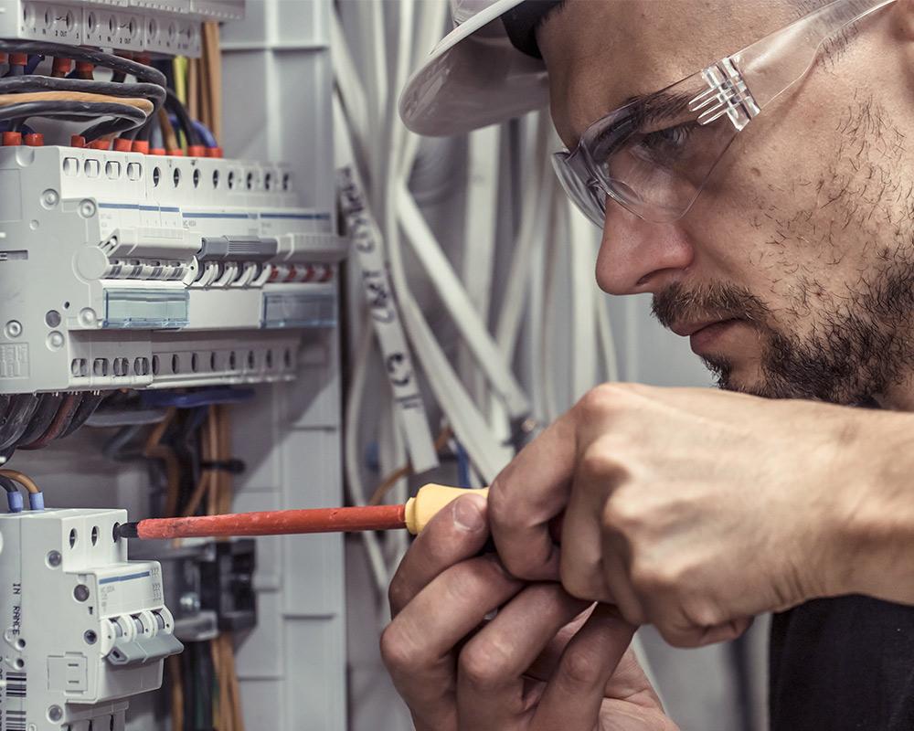 Introducing Electrician in Riverside, CA