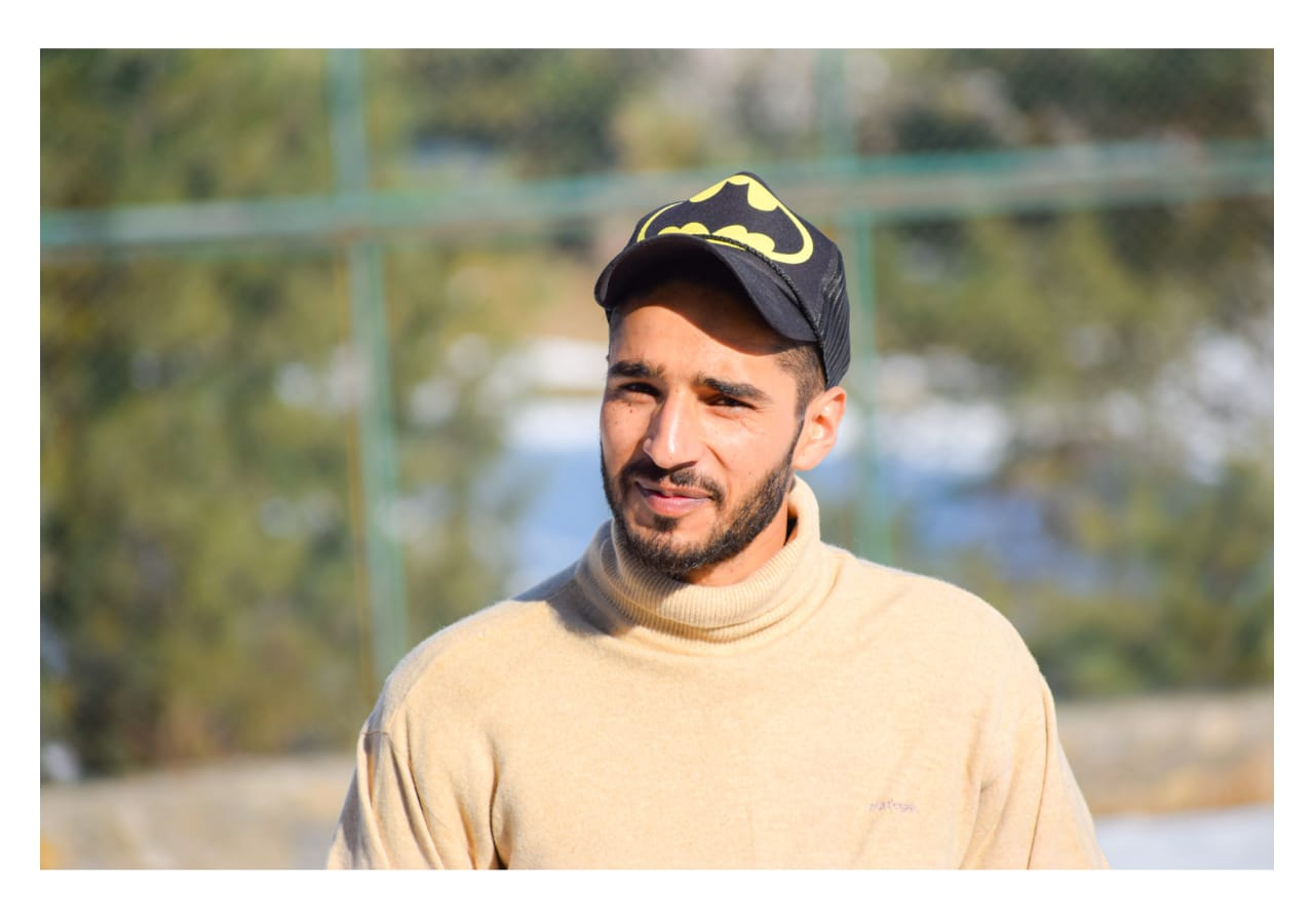 "How a 22 Year Young ""Amir Rashid Wani"" become helping hand among vulnerable people across Kashmir"